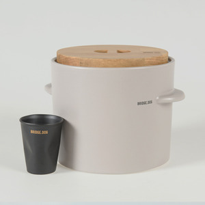 BRIDGE FEED BUCKET - GRAY(WITH CUP)